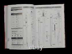 Bayonet BOOK Atlas de La Baïonnette de Collection Vol 3 Brand New Still in Wrap